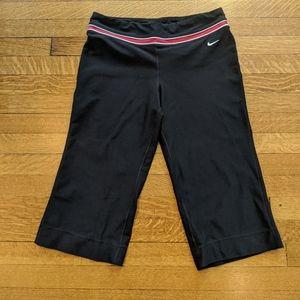 Nike Dry Fit M(8-10) Yoga Capri Pants Leggings